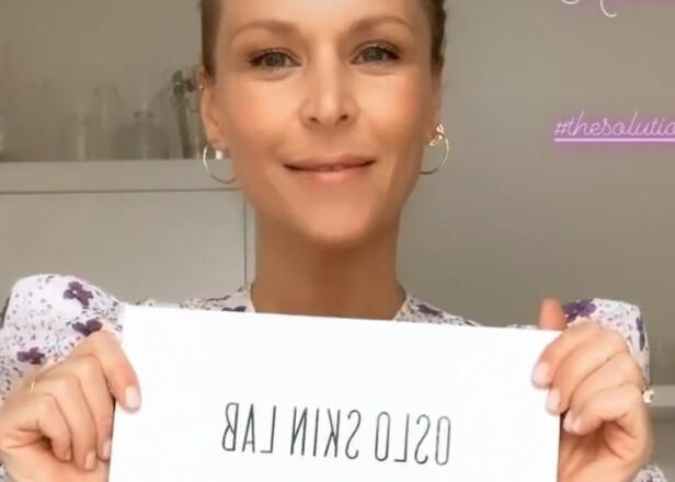 VANESSA RUDJORD: Vanessa Rudjord reklamerer for kollagenpulveret. Produktet er også sponsoren til hennes og Synnøve Skarbøs podcast. Rudjord har ikke besvart Dagbladets henvendelse. Foto: Skjermdump Vanessa Rudjord/Instagram
