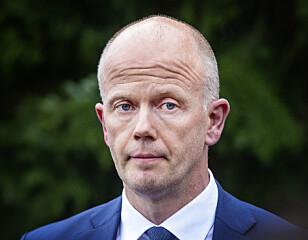- BEKYMRER MEG: Tom Hagens forsvarer, Svein Holden, sier til Dagbladet at han blir bekyret over etterforskningsledelsens beslutning. Foto: Henning Lillegård/ Dagbladet
