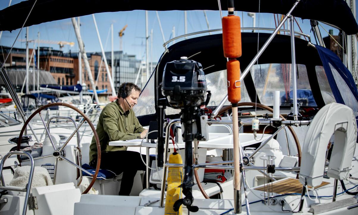 KAPPLØPET: Paul Kristiansen i Cepi har hjemmekontor i båten der han bor på Aker Brygge. Foto: Nina Hansen / DAGBLADET