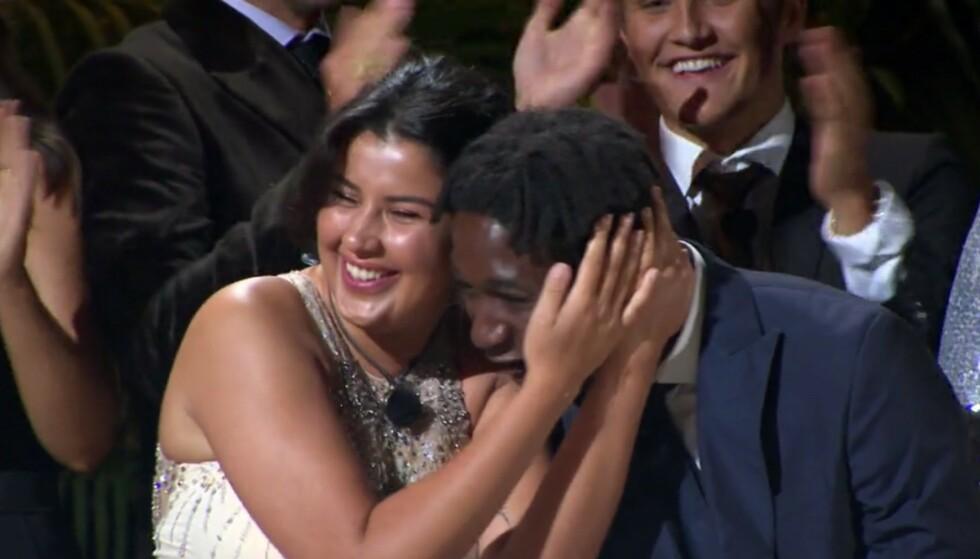 <strong>HURRA:</strong> Yasmine San Miguel Moussaoui og Karl Fredrik Førli ble årets vinnere av realityserien. Fans vet derimot at finalen på ingen måte var over riktig ennå. Foto: TV3