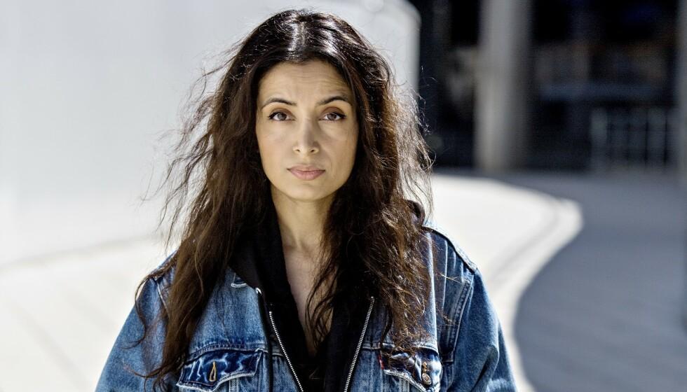 BLE SKJELT UT: Dokumentarfilmskaper og menneskerettighetsforkjemper Deeyah Khan har vært i USA og laget to filmer opp mot det amerikanske valget. I en av dem blir hun skjelt ut av illsinte demonstranter. Foto: Jørn H. Moen / Dagbladet