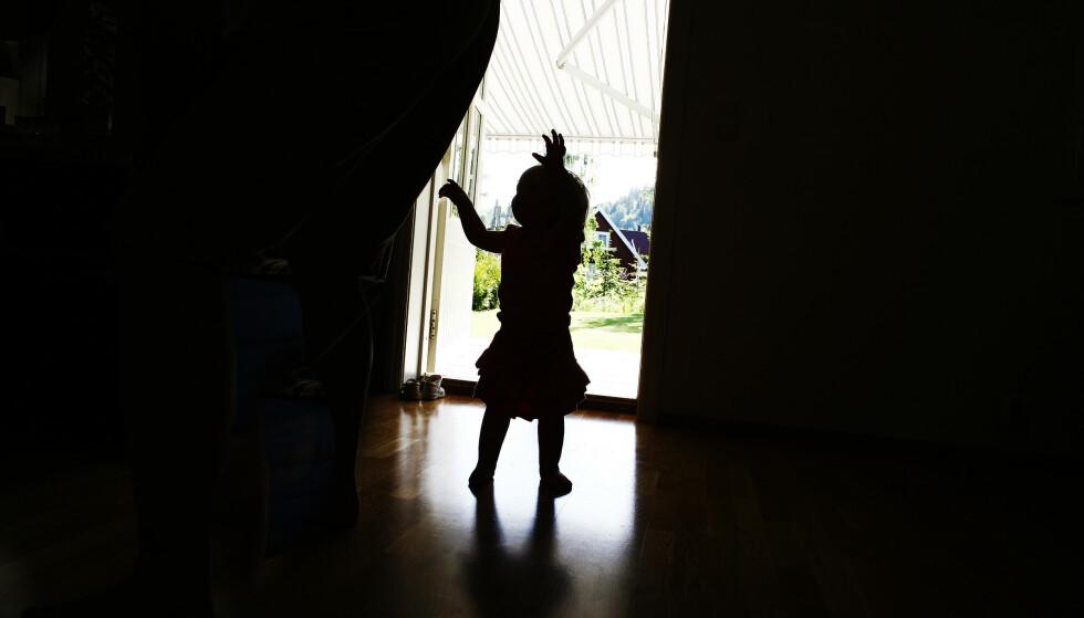 SLÅR ALARM: Statens helsetilsyn ber myndighetene vurdere omorganisering av barnevernet for å få bukt med omfattende svikt som har pågått over år. Foto: NTB Scanpix