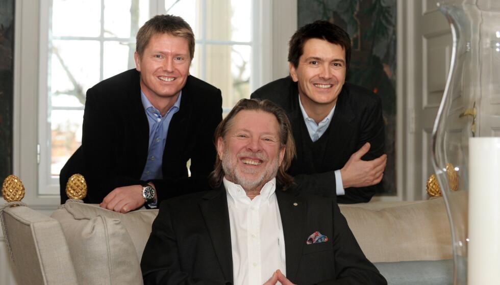 LUKSUS: Rema-gründer Odd Reitan (69) med sine to sønner og Reitan-arvinger Magnus (t.v) og Ole Robert (t.h) er en av Norges rikeste familier. Foto: NTB Scanpix