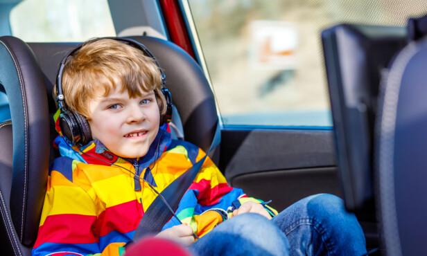 HODETELEFONER FOR BARN: Barn bør ha hodetelefoner med volumbegrensning på 85 dB. Foto: Shutterstock
