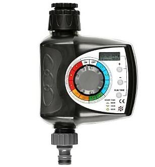 <strong>VANNINGSTIMER:</strong> Denne kan stilles inn for vanning fra hver time opp til en gang i uka.