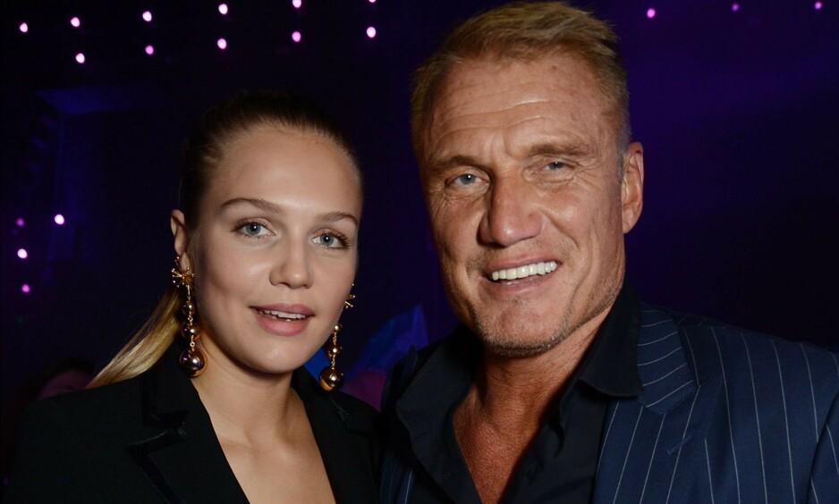 JEVNALDRENDE: Den svenske Hollywood-stjerna Dolph Lundgrens datter Ida Lundgren er like gammel som farens kommende kone. Nå forteller Ida hva hun synes om farens forlovede. Foto: NTB Scanpix