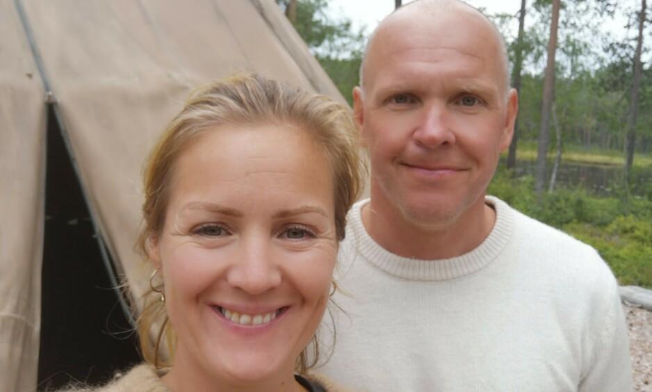GIFT: Siri Kristiansen og Espen Bjurstedt er nå offisielt gift. Det er imidlertid kun det formelle som er på plass, før bryllupet finner sted seinere i sommer. Foto: Privat
