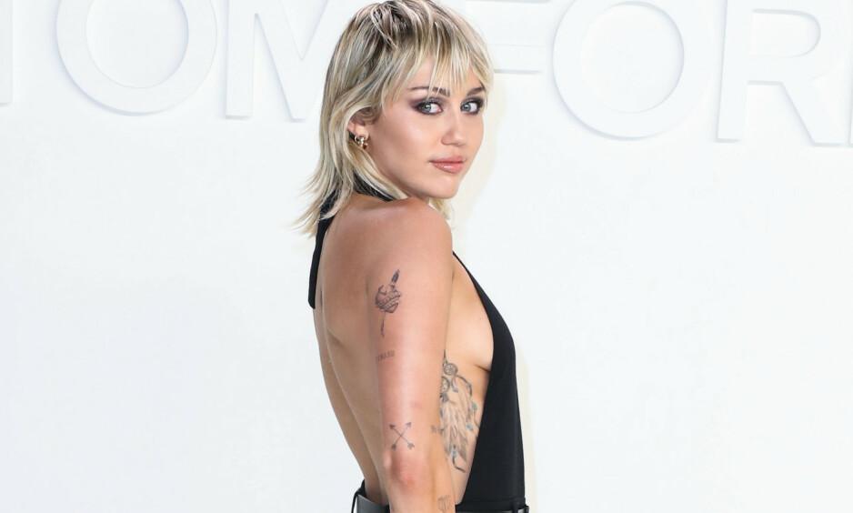 RUSFRI: I et intervju med Variety avslører Miley Cyrus at hun ikke har ruset seg på seks måneder. 27-åringen har tidligere vært kjent for sitt store forbruk av blant annet cannabis. Foto: NTB Scanpix