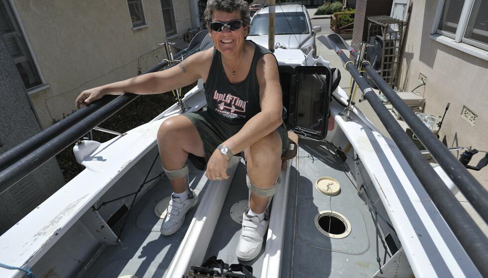 RISIKERTE LIVET: Angela Madsen visste at hun la ut på en risikabel ferd da hun ville ro alene fra California til Hawaii i Stillehavet. Mandag ble hun funnet død. Foto: NTB scanpix