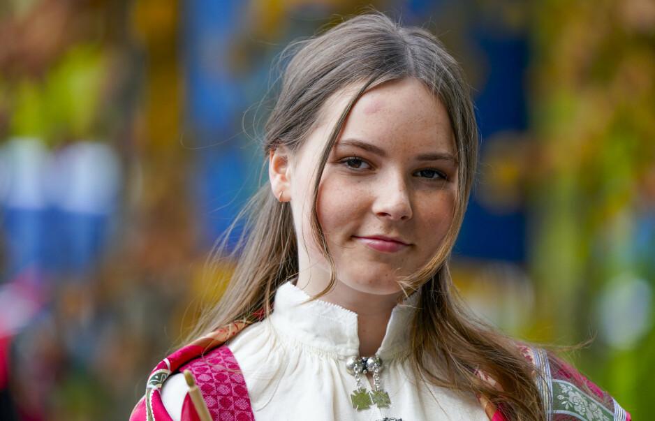 FØLGER I SONJAS FOTSPOR: Til høsten skal prinsesse Ingrid Alexandra begynne i 1. klasse på Elvebakken videregående skole. Denne skolen har også bestemora dronning Sonja gått på. Foto: NTB Scanpix