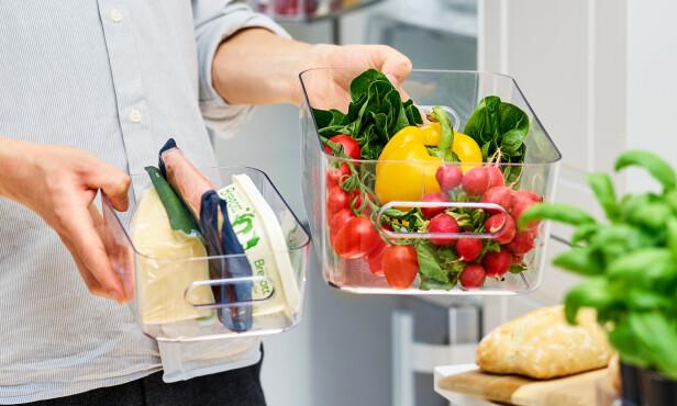 ORDEN: SmartStore Compact Clear gjør det oversiktlig i kjøleskap og kjøkken.