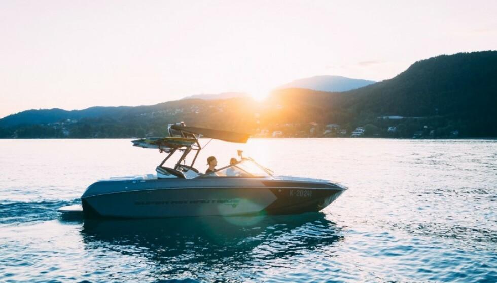 Søk båtlån med pant i bilen eller et båtlån uten sikkerhet, som for eksempel et forbrukslån