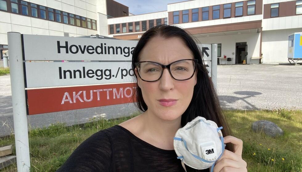 RASENDE: Hanna Aase er rasende etter å ha vært på sykehuset i Kristiansand. Foto: Privat