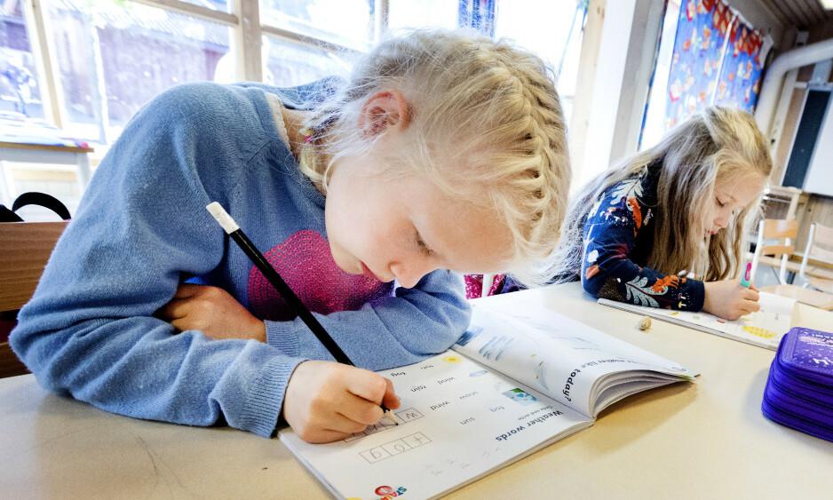 ENDRINGER: Alt de store endringene har medført, er altså at ungene er mer stresset og har det dårligere på skolen, skriver innsenderen. Illustrasjonsfoto: Gorm Kallestad / NTB Scanpix