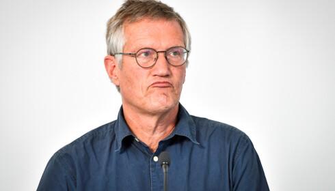 STATSEPIDEMIOLOG: Anders Tegnell, statsepidemiolog i Sverige, svarer i et nytt intervju på spørsmål om landets munnbind-strategi. Foto: Henrik Montgomery / TT / Reuters / Scanpix