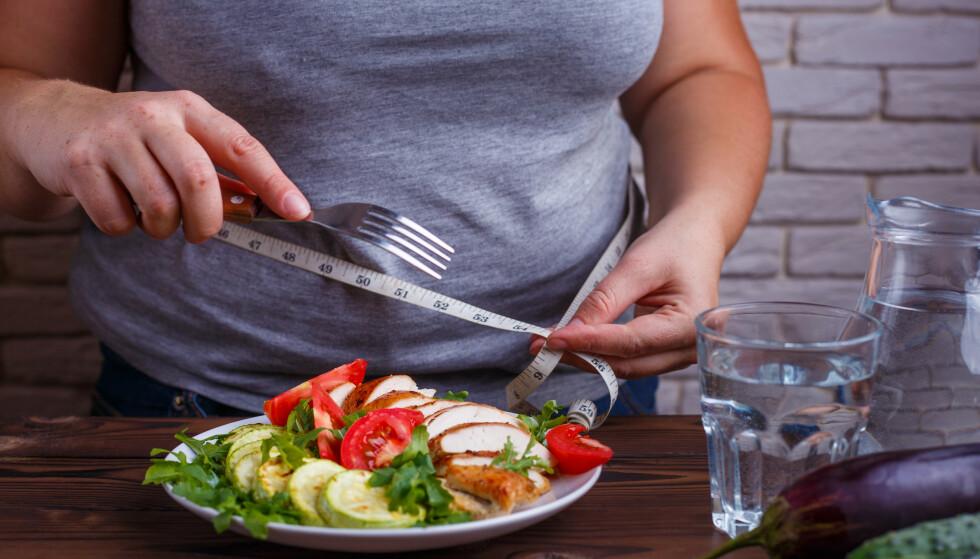 LAVKALORI: I forkant av en fedmeoperasjon må man spise etter en såkalt lavkaloridiett i flere uker. Det er nå forsket på at resultatet av dette utgjør flere helsefordeler enn antatt. Foto: Shutterstock