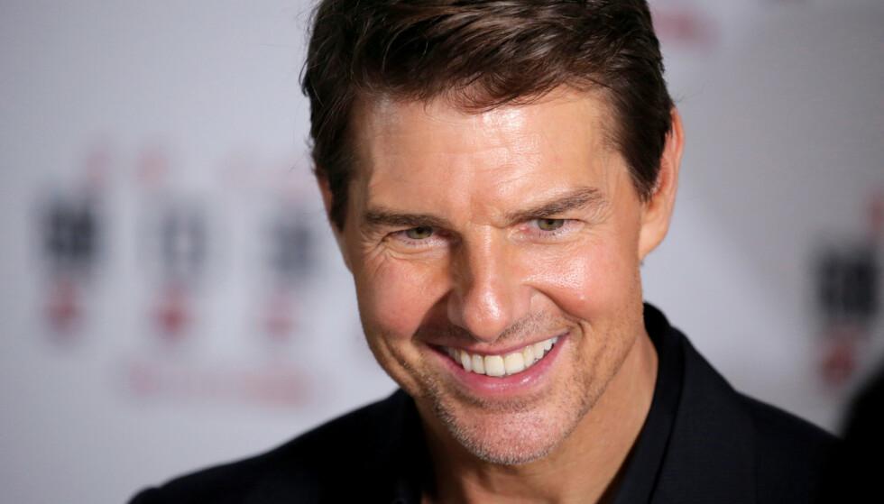 LANDET: Tom Cruise skal spille inn ny film i Norge. Fredag kveld landet han i Molde. Foto: NTB Scanpix