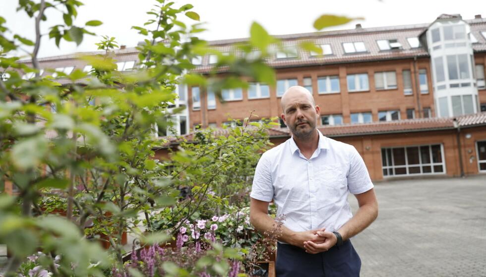 VURDERER REAKSJON: Ordfører i Sarpsborg Sindre Marinsen Evje vurderer om han må reagere mot trossamfunnet. Foto: Christian Roth Christensen / Dagbladet