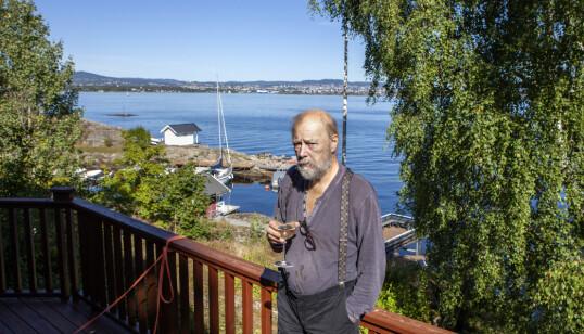 <strong>ET GODT STED:</strong> Det er ikke mange kabellengdene fra huset på Nesodden til Oslo-gryta. - Et godt sted å være, men litt for stort nå, sier Stein Winge. Foto: Anders Grønneberg