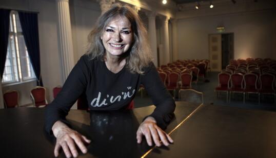 <strong>VITAL OG LEVENDE:</strong> Hun var så mye, Kari Onstad: skuespiller, operasanger, danser og dj. Foto: Anders Grønneberg