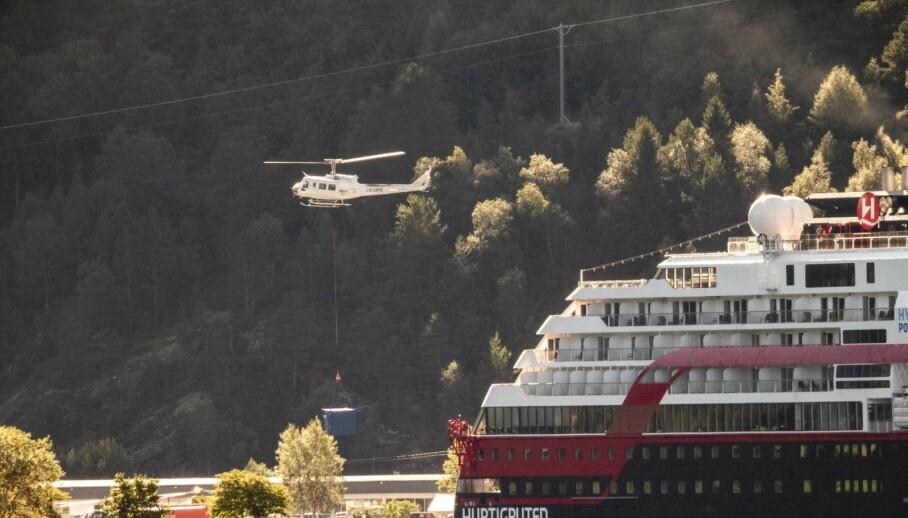 - BLE ADVART: Sjømannsforbundet opprettholder sin politianmeldelse mot Hurtigruten, og sier at de advarte Hurtigruten om at de «kom til å stupe inn i minst to lovbrudd». Foto: Lars Eivind Bones