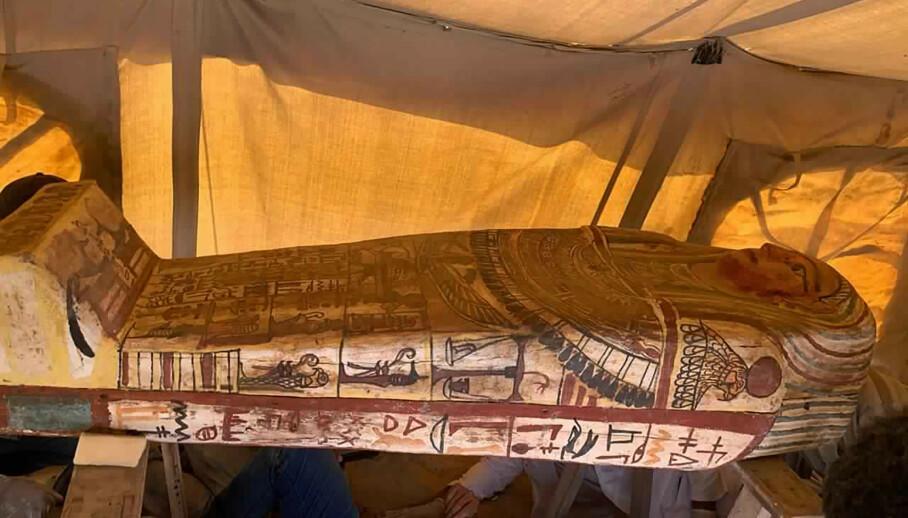 <strong>STORT FUNN:</strong> De siste to ukene er hele 27 sarkofager funnet i Saqqara-nekroppoliset sør for Giza. Foto: Ministry of Tourism and Antiquities / AP / NTB