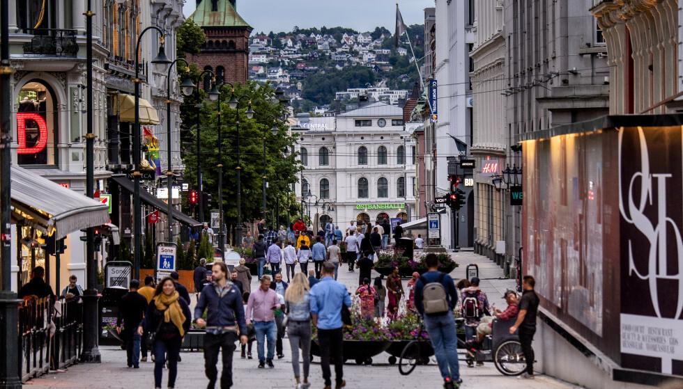 <strong>SKEPSIS:</strong> Litt i underkant av halve Norges befolkning vil ikke ta en vaksine mot coronaviruset nå. Foto: Lars Eivind Bones / Dagbladet