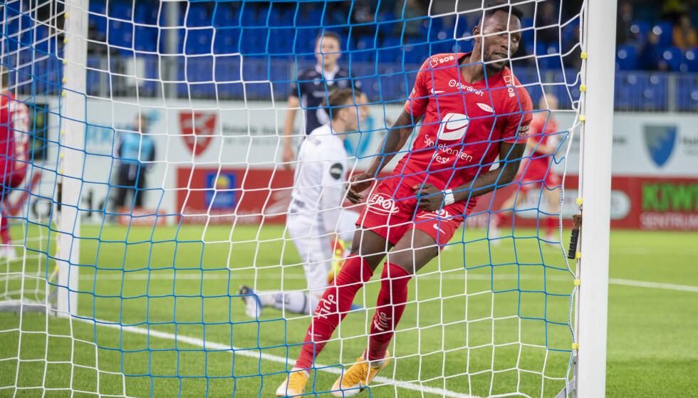 Kristiansund 20200927.  Daouda Bamba scorer Branns første mål under eliteseriekampen mellom Kristiansund  og Brann på Kristiansund stadion. Foto: Terje Pedersen / NTB