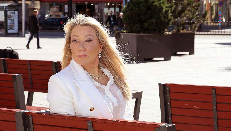 BLE SKILT: Skilsmissepapirene ble ikke levert før både hun og Mille Markovic satt i varetekt. Først da turte Lotta Moss å sende papirene. Foto: Cornelia Nordström