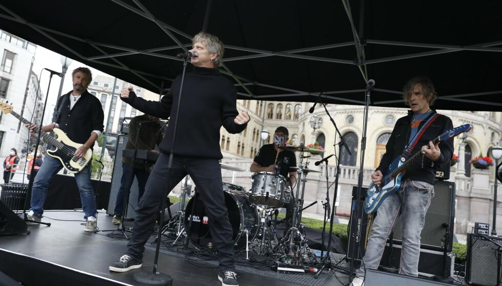 <strong>SPILTE:</strong> DumDum Boys holdt konsert foran Stortinget. Foto: Christian Roth Christensen / Dagbladet