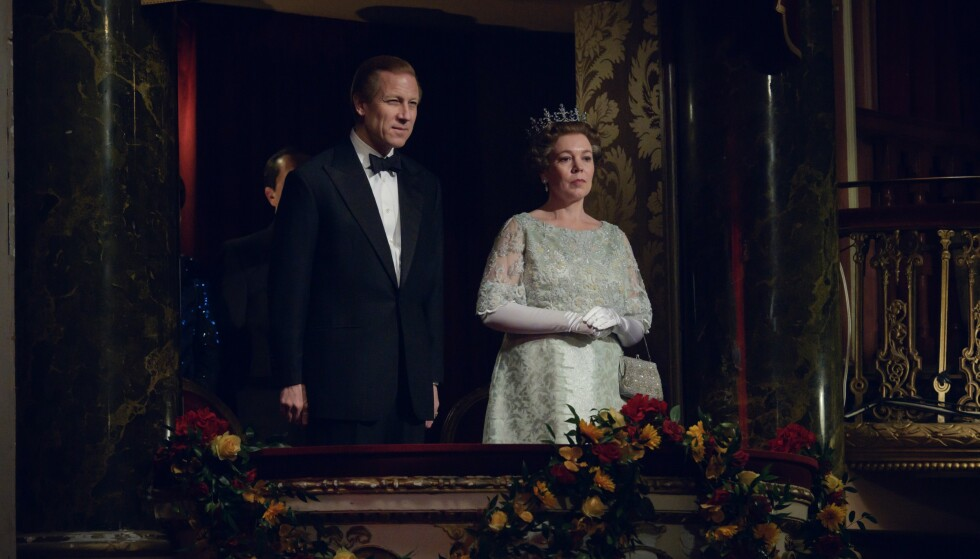 <strong>HERTUG OG DRONNING:</strong> Tobias Menzies som hertug Philip og Olivia Colman som dronning Elizabeth II. Foto: Netflix