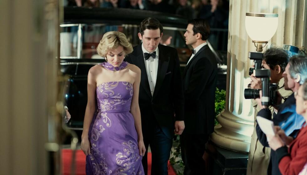 <strong>CHARLES OG DIANA:</strong> Josh O'Connor spiller prins Charles og Emma Corrin har rollen som Diana Spencer. Foto: Netflix