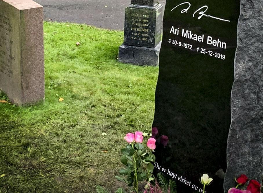 Oslo 20200930: URNENEDSETTELSE: Ari Behn fikk onsdag sitt siste hvilested. Foto: Øystein Andersen / Dagbladet