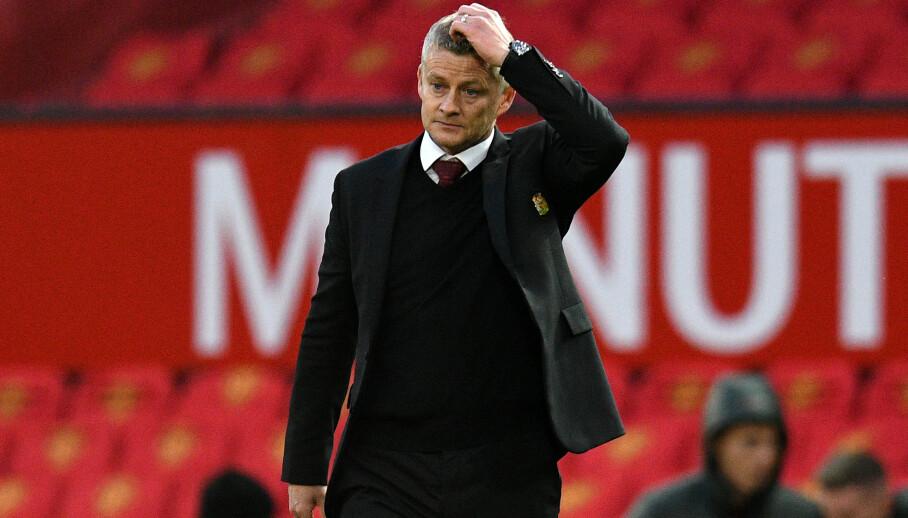 <strong>SKUFFET:</strong> Ole Gunnar Solskjær på Old Trafford etter stortapet mot Tottenham. Foto: NTB