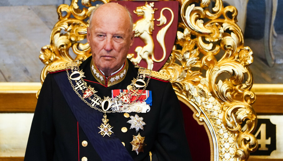 ENDRINGER I PROGRAMMET: Torsdag skulle kong Harald etter planen ha vært tilbake på jobb, men slik blir det altså ikke. Foto: Terje Pedersen / NTB