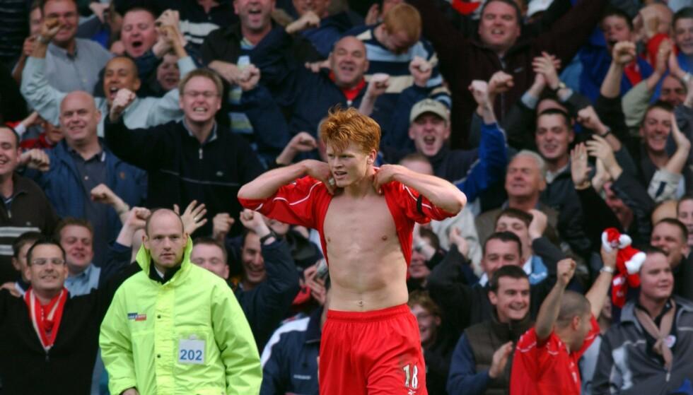 <strong>DRØMMEDAG:</strong> John Arne Riise feirer målet i Merseyside-derbyet i 2001. Liverpool vant kampen 3-1. Foto: Darren Staples / REUTERS / NTB