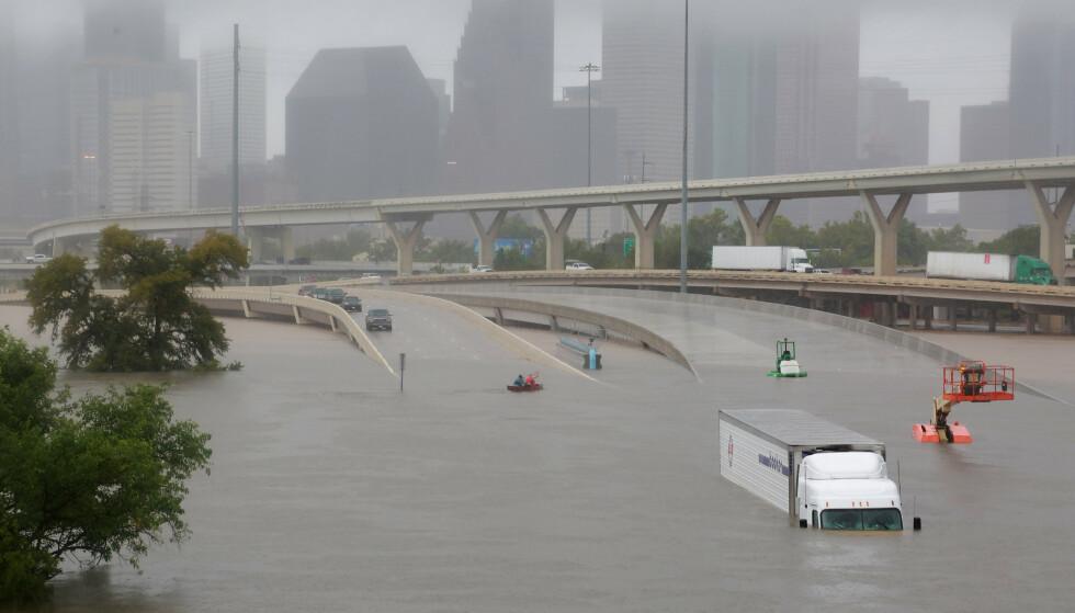 EN AV DE VERSTE: Orkanen Harvey er en av de verste som noen gang har rammet USA. Her fra Houston i Texas i august 2017. Foto: Richard Carson   / Reuters / NTB