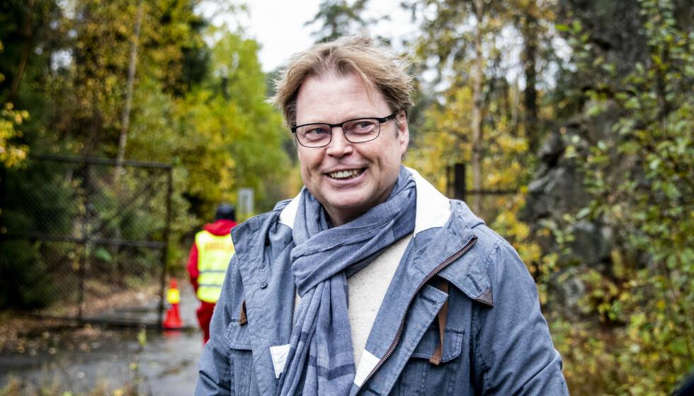 NY SESONG: Jørn Lier Horst opplever at bøkene hans når skjermene igjen - sesong to av «Wisting» spilles inn i disse dager. Her på settet i Follo. Foto: Christian Roth Christensen / Dagbladet