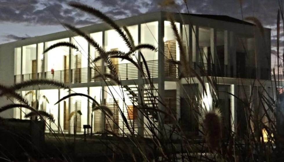 <strong>FEILAKTIG KRITIKK:</strong> At norsk bistand endte i luksusleiligheter i et hotellkompleks ble møtt av krass kritikk. Per Kristian Sbertoli i Norfund mener kritikken er feilaktig. Illustrasjon: africancentury.co.mz