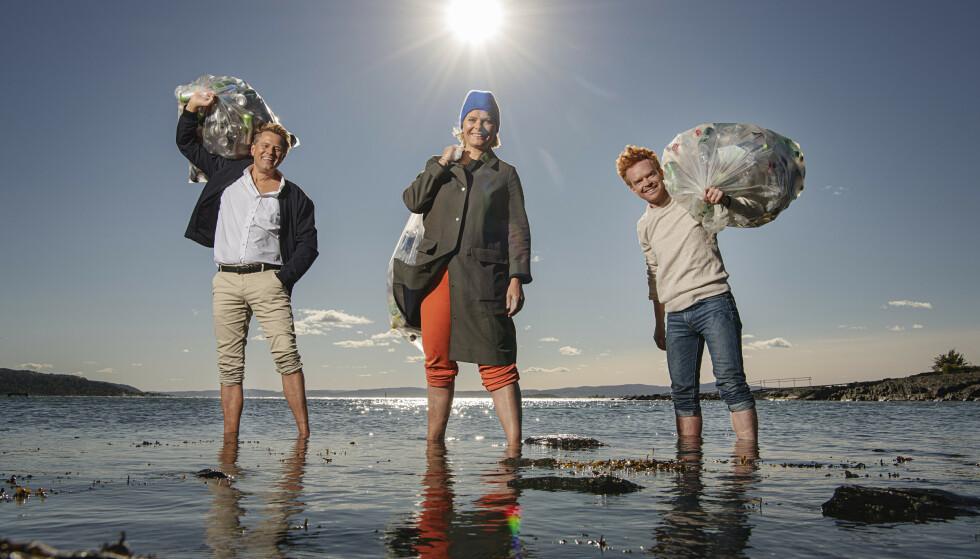 <strong>PROGRAMLEDERE:</strong> Robert Stoltenberg, Ingrid Gjessing Linhave og Mikkel Niva skal lose seerne gjennom TV-aksjonen søndag. Formålet er WWFs arbeid for å bekjempe plast i havet. Foto: Benjamin A. Ward / NRK