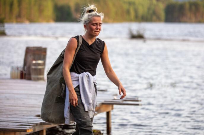 <strong>KNUST:</strong> Wiktoria sleit med å holde tilbake tårene da hun måtte takke for seg. Foto: Alex Iversen /TV 2