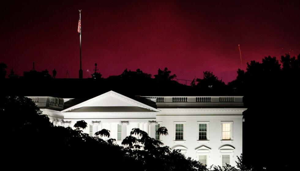 TRUMP-FRYKT: Eksperter og kommentatorer frykter at USAs president vil utnytte kaoset en mulig «rød illusjon» forårsaker, til å utrope seg selv til valgvinner før resultatene er klare. Foto: Reuters / NTB