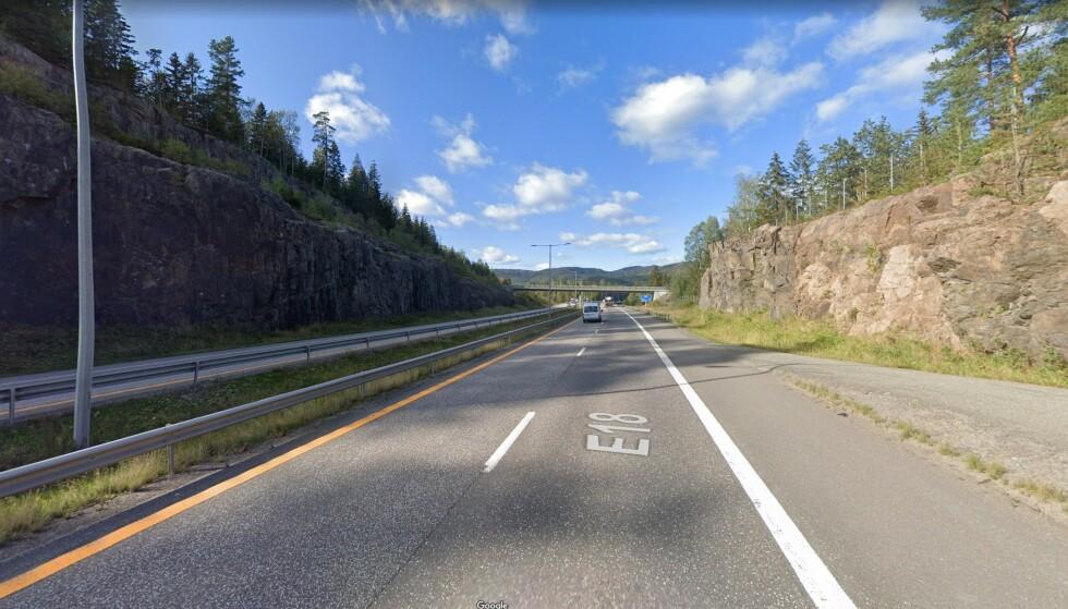 <strong>SATT NED:</strong> Fartsgrensa er vanligvis 110 på strekningen. Foto: Google Maps