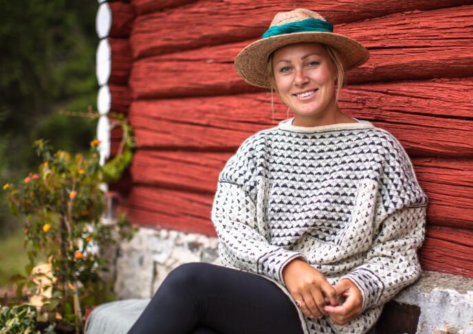 RETT OG GALT: Karianne forteller at de måtte stå opp for det som var rett og galt på «Torpet», og hadde ikke noe til overs for regelbruddene på «Farmen». Hun mener derimot at de tok imot Wiktoria på en hyggelig måte og ville gi henne muligheten til å forklare seg. Foto: Alex Iversen / TV 2