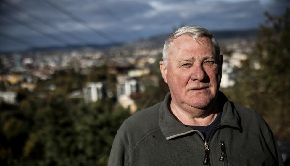 BEDRE: Terje Ekseth har levd med kols i mange år. Han har tatt i bruk metoden kols-ekspertene anbefaler, noe som har gjort hverdagen langt bedre. Foto: Christian Roth Christensen