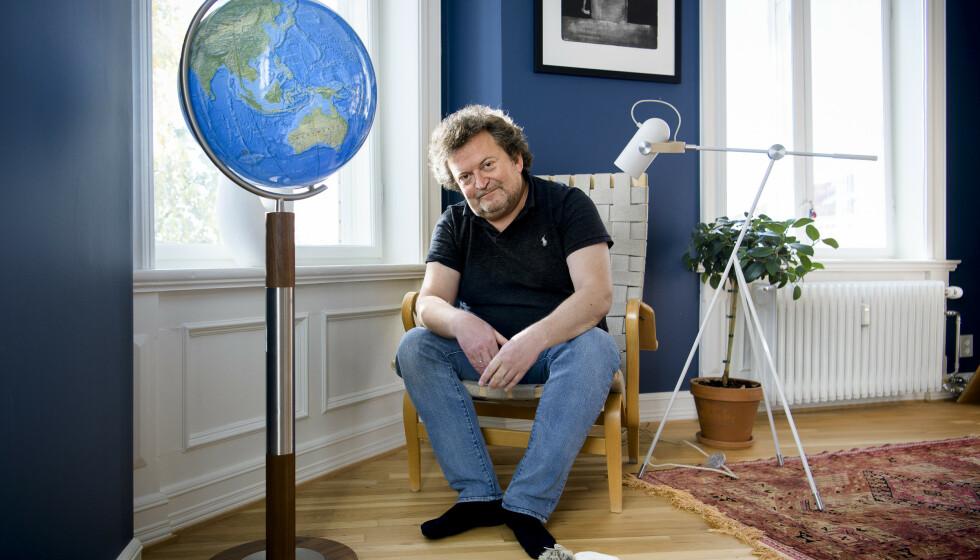 KREATIV: Erik Fosnes Hansen serverer snakkende katter, alkymister og gourmetmåltider i sin nye fabelroman. Foto: Lars Eivind Bones / Dagbladet