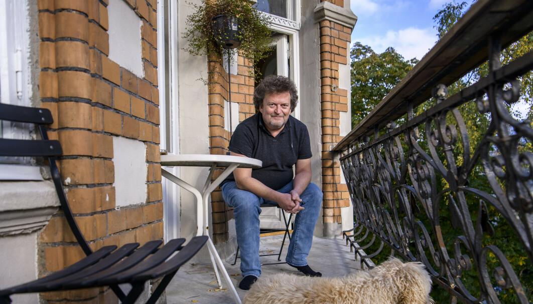 TENKEPAUSE: Det var her på verandaen at Ari Behn sa de forløsende ordene. Foto: Lars Eivind Bones / Dagbladet