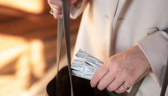 LETT Å TA MED: Kollagenpulveret kommer i små pakninger som kan tas med i veska og blandes i valgfri mat eller drikke. Foto: Foto: Øyvind Haug