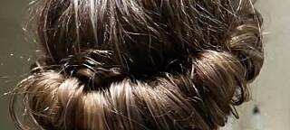 Slik krøller du håret raskt og enkelt – uten varme