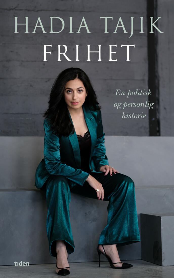 ANALYSERES: Slik framstår Hadia Tajik på forsiden av sin nye bok. Foto: Tiden Norsk Forlag
